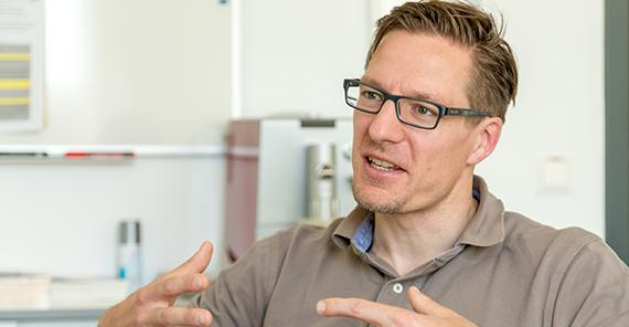 Prof. Dr. Urs Granacher (Bild: Karla Fritze)
