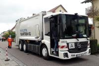 The 100% electric waste collection vehicle from Quantron AG with low-entry cab and HS rear loader is successfully on the road in practical use