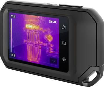 Die professionelle Wärmebildkamera C5 von FLIR verfügt über einen 3,5 Zoll großen Touchscreen und passt aufgrund ihrer kleinen Baugröße in jede Hosentasche