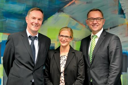 Gerhard Laudwein (l.) und Tanja Glaß von der IHK Nord Westfalen mit Referent Matthias Merz von der AWA AUSSENWIRTSCHAFTS-AKADEMIE