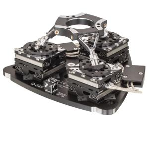 High precision and high stiffness: The parallel-kinematic positioning system can position loads of up to 10 kg in six degrees of freedom with nanometer precision and hold them in a stable position / Source: PI