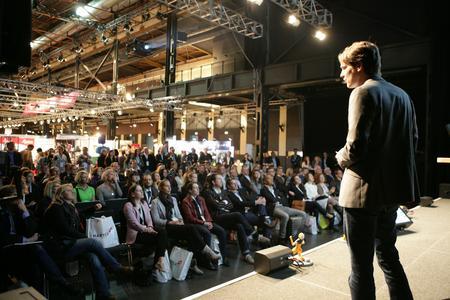 Im Vortragsprogramm berichten Marketingprofis aus ihrer Unternehmenspraxis