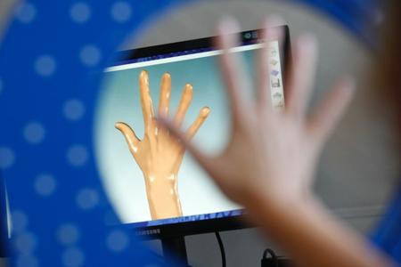 Das dreidimensionale Abbild des Objektes entsteht bereits während des Scannens auf dem Monitor und kann unmittelbar danach weiterverarbeitet werden. ©Hohenstein