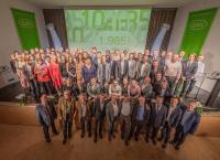 80 Jubilare wurden am 12. November für ihre langjährige Verbundenheit zum Unternehmen geehrt © W&H
