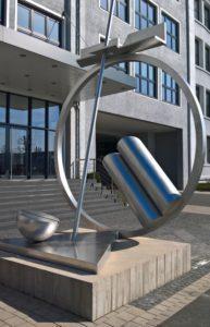 Bild 3: Skulptur nach Entlackung