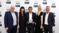 Teammitglieder und Schirmherr auf der TOP 100 - Preisverleihung. Von links nach rechts: Sven Bartak, Liane Hötger, Ranga Yogeshwar, Christina Hummelbeck, Lothar Hötger / Bildquelle: ©KD Busch / compamedia