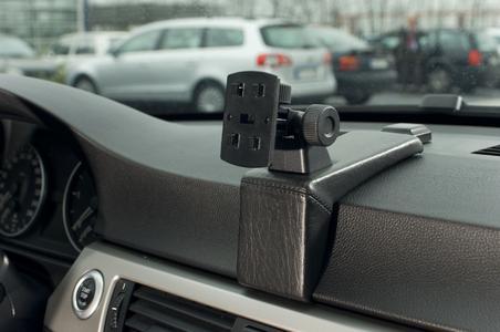 WAECO PerfectFit navigation consoles
