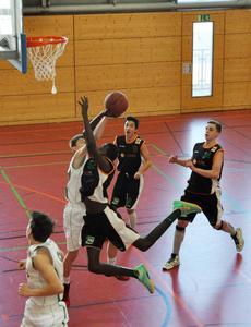 Auch im Leistungssport aktiv: Die ELSEN Unternehmensgruppe unterstützt die Nachwuchsmannschaft der Lützel Baskets in der Jugend Basketball Bundesliga. (Foto: ELSEN)