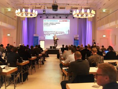 Mit rund 100 Gästen war das Netz- und Vertriebsforum von smartOPTIMO in Münster sehr gut besucht / Bild: smartOPTIMO
