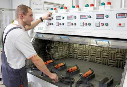 Reparatur Endprüfung bei der FEIN Service Gesellschaft