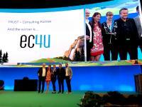 Das ec4u Team bei der Verleihung des Salesforce Trust-Awards auf der CEBIT in Hannover.