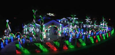 """The Great Christmas Light Fight"" Winner Creates Holiday Spectacle with Elation Lighting"