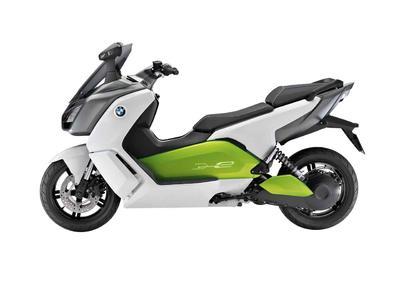 BMW's Elektroscooter für Pendler: flüsterleise und sauber