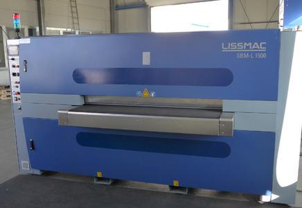 Bild 1: Lissmac-Entgrat- und Verrundungsmaschine SBM-L 1500 G1S2
