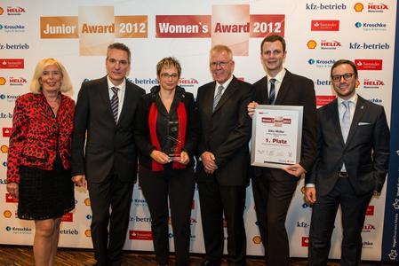 Elke Müller wurde vom Fachmedium »kfz-betrieb« zur Unternehmerin des Kfz-Gewerbes 2012 gekürt
