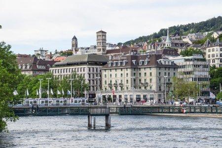 Zürich - Weltstadt mit See