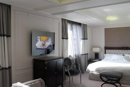Villa Magna Bedroom TV on