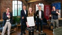 Young Professionals' Award Logistics 2021 geht an Absolventin der Kühne Logistics University