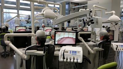 University Hospital Ulm uses an innovative educational system by EBS for education in dentistry