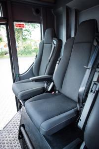 Der Renault Trucks Access bietet mit einer Deckenhöhe von 2 Metern und den zwei einzelnen Beifahrersitzen optimalen Komfort für die Besatzung