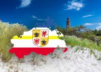 Das Nein zur Solarpflicht aus Mecklenburg-Vorpommern – Bild: Save nature and wildlife & moreimages | Shutterstock.com