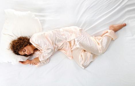 Zufriedene Hotelgäste, die jederzeit gerne wiederkommen – die Info Lounge BEST BED am 24. Oktober 2012 zeigt, wie es geht. ©iStock Foto