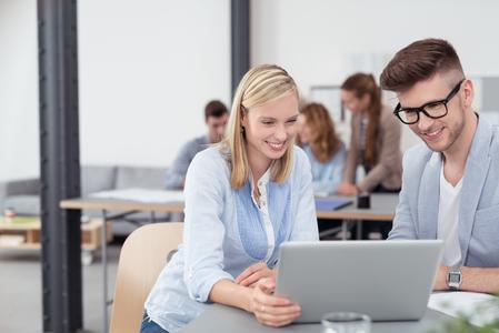 Ab 2016 können Auszubildende bei LeasePlan unter anderem den Umgang mit modernen Kommunikationssystemen lernen