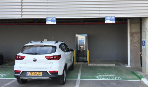 Delta Partners with Rapac to Install Ultra-Fast EV Chargers in Israel