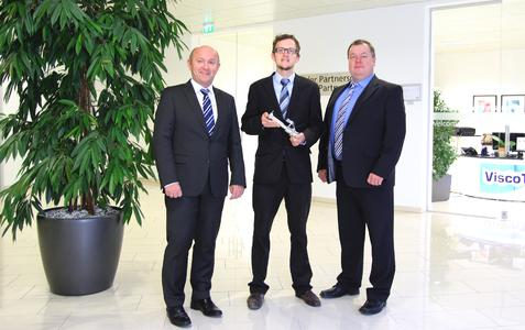 CEO Dipl.-Ing. Georg Senftl, Senior Manager Business Unit Pharma Dipl.-Wirt.-Ing. (FH) Sebastian Gerauer, CEO Dipl.-Ing. (FH) Martin Stadler
