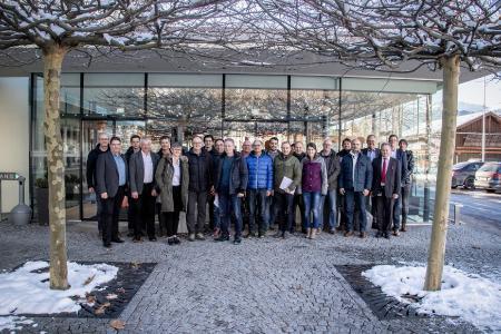 Vom Pulver bis zum fertigen Produkt – 20 Mitarbeiter/innen von BOSCH besuchten CERATIZIT Austria und bekamen spannenden Einblick in die Produktion hochqualitativer Zerspanungswerkzeuge aus Vollhartmetall