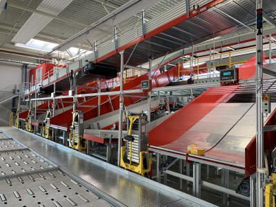 Bis zu 6.000 Packstücke kann der HC-Sorter von VanRiet pro Stunde verarbeiten / Foto: VanRiet