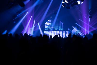 Beams and Bass for the Dancing Crowd –  Cameo OPUS SP5 and AZOR B1 at NATURE ONE