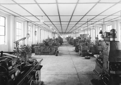 Die Schleiferei der Cyclo Getriebebau Lorenz Braren KG im Jahre 1948.