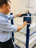 eQart® lässt sich einfach per Tablet programmieren und bei Bedarf fernsteuern, Bildquelle: FlexQube