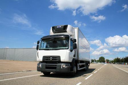 Renault Trucks erweitert mit dem 11-Liter-Motor DTI 11 Euro 6 für den D Wide seine Motorenpalette für die Verteilerbaureihe / Foto: © Renault Trucks