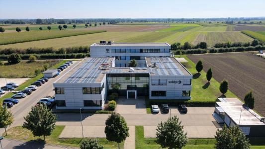 Hauptverwaltung Langenau, Außenbereich