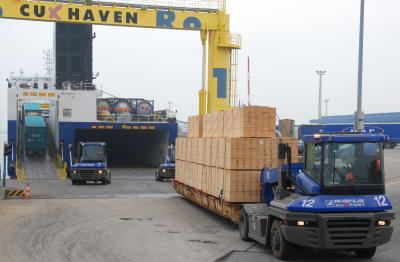 Five Million Tons of Freight Transported from Cuxhaven to Immingham