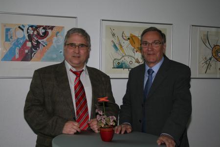 Herr Hans Jürgen Müller (l.) und Herr Peter Wadenbach