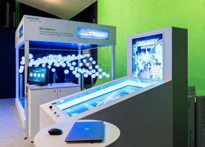 Cloud und Industrial-Security durch HL-Messemodelle interaktiv erlebbar (Bild: hl-studios, Erlangen)