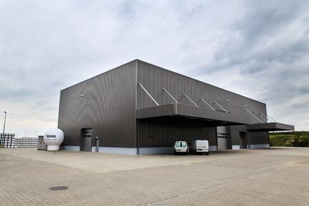 REHAU hat sein Werk im polnischen Srem um einen 1.250 Quadratmeter großen Bereich für Recyclingtechnik erweitert
