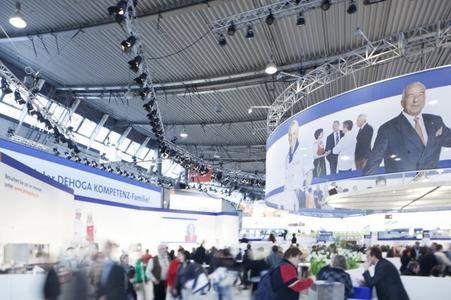 b&b Technikinstallation auf dem DEHOGA Messestand (Foto: b&b eventtechnik)