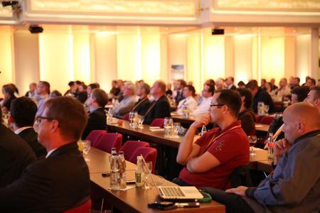 Reger Andrang: Der zweite Veranstaltungstag stand ganz im Zeichen anspruchsvoller Vorträge, der Keynote und Gesprächsrunden