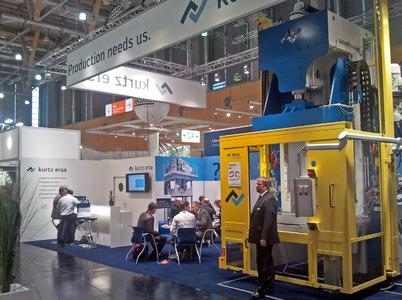 On January 17-19th, at the Euroguss – international exhibition for pressure casting in Nuremberg - the Kurtz company was very successful with their casting machine sector. At the exhibition booth a newly-designed trimming press weighing 18 tons was displayed.