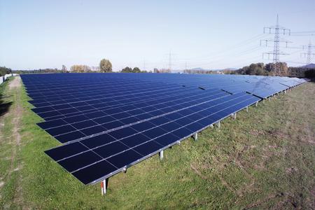 47 Photovoltaik-Freilandanlage.jpg