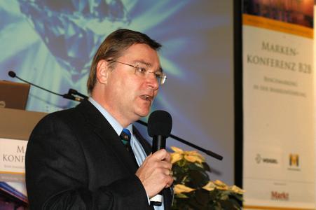 Martin Sonneck, Geschäftsführer der B2B Agentur x-impulse, b2b-kommunikation - Moderation der B2B Markenkonferenz 2007