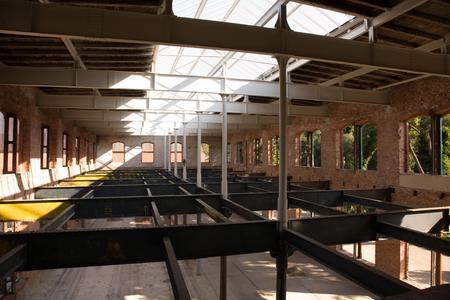 Freie Bahn für Licht, Luft und neues Leben in den alten Hallen
