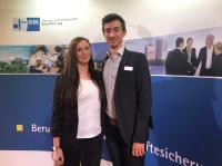 Stephanie Kienzler und Lennart Scholand bei der IHK-Ehrung als Kammerbeste