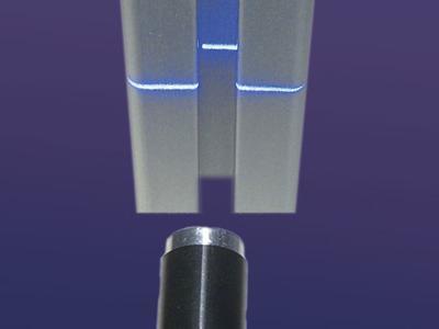 Blaue und violette FLEXPOINT® Lasermodule in kundenspezifischer Ausführung und als Standardbauteil