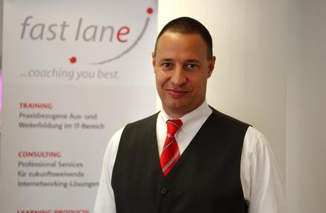Torsten Poels Senior Vice President & General Manager Europe, Americas & Japan von Fast Lane