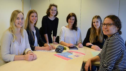 Ein starkes Team: (v.l.) Jana Johannsen, Nathalie Immen, Julie Diron, Susanne Knorr, Carina Claas und Birte Walter, Foto: Gatermann